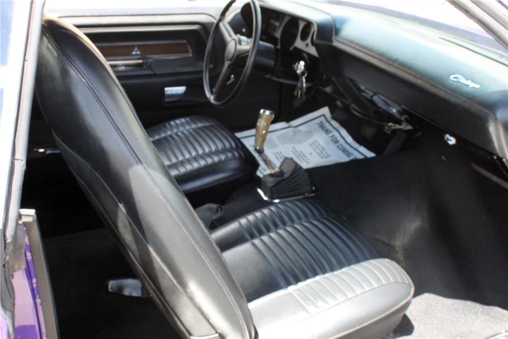 1970 DODGE CHALLENGER R/T CONVERTIBLE - Interior - 177309