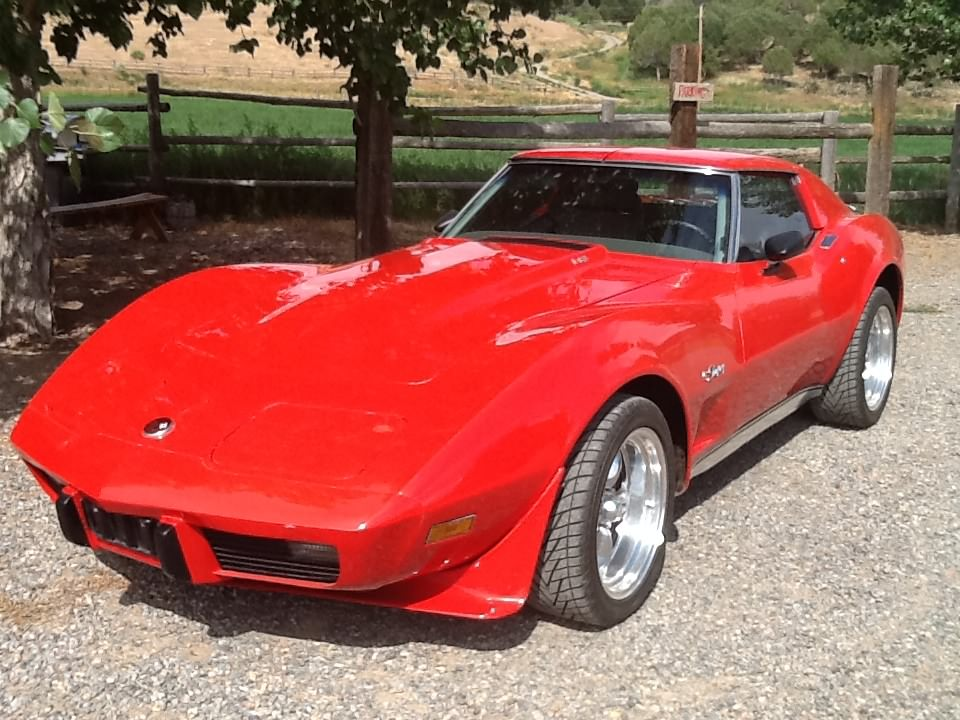 1975 CHEVROLET CORVETTE 2 DOOR COUPE - Front 3/4 - 177336