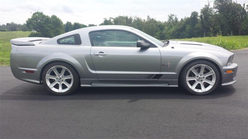 2005 FORD MUSTANG SALEEN FASTBACK - Side Profile - 177343
