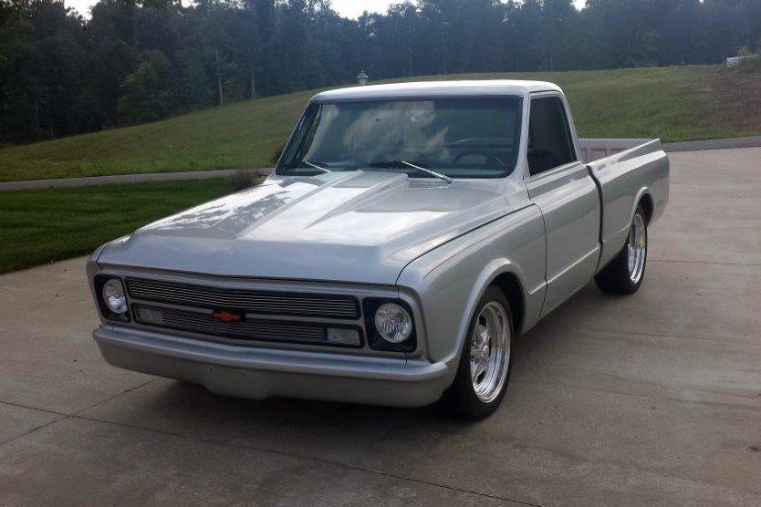 1967 CHEVROLET C-10 CUSTOM PICKUP - Front 3/4 - 177345