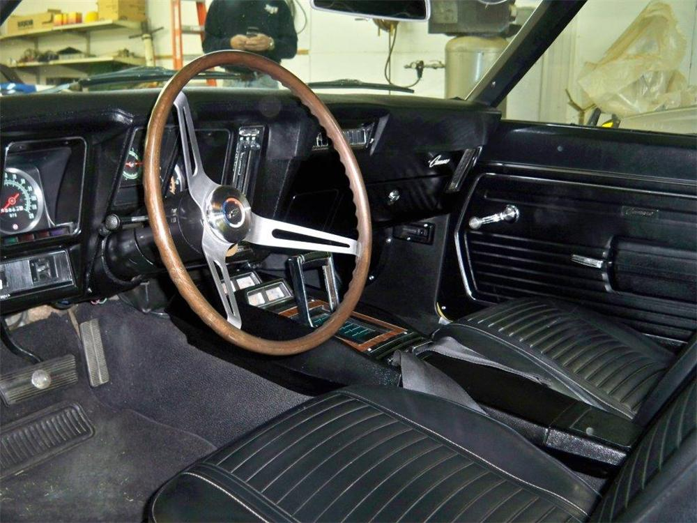 1969 CHEVROLET CAMARO SS 2 DOOR COUPE - Interior - 177348