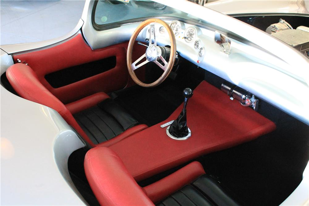 1962 LADAWRI CONQUEST CUSTOM 2 DOOR ROADSTER - Interior - 177375