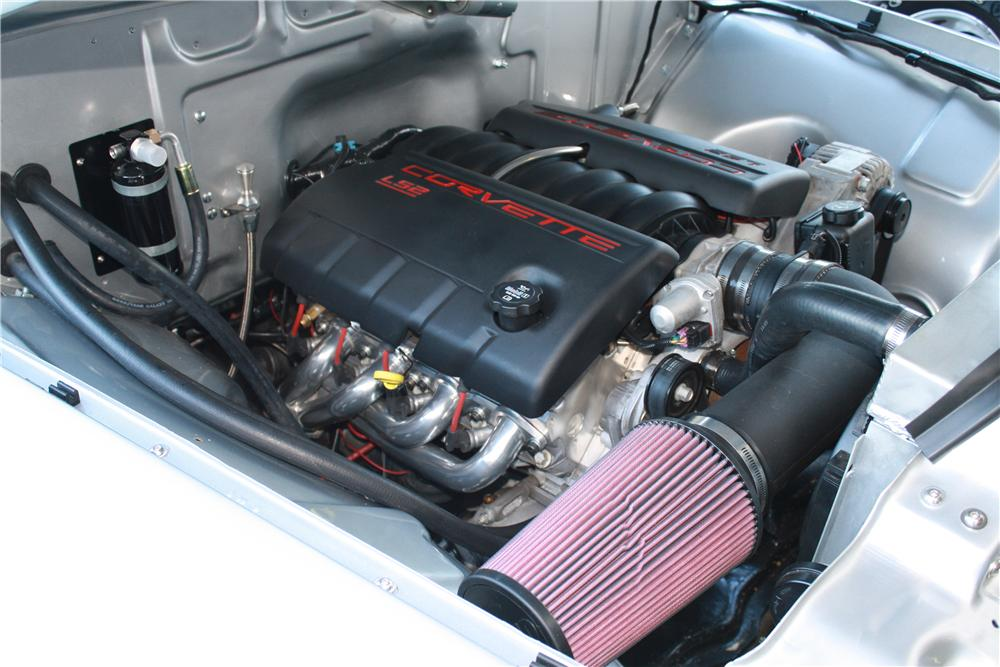 1956 FORD F-100 CUSTOM PICKUP - Engine - 177395