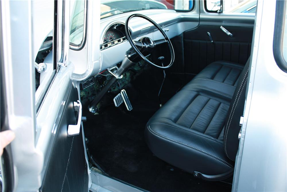 1956 FORD F-100 CUSTOM PICKUP - Interior - 177395