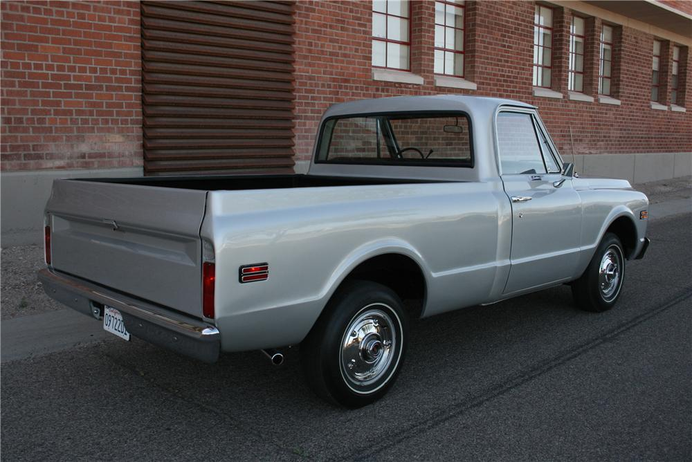 1971 CHEVROLET C-10 CUSTOM PICKUP - Rear 3/4 - 177408