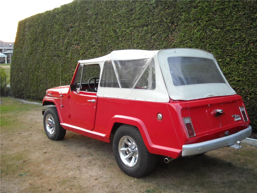 1968 JEEP JEEPSTER CONVERTIBLE - Rear 3/4 - 177424