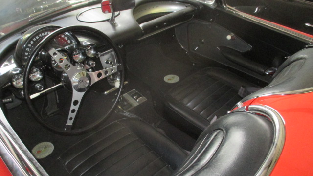1959 CHEVROLET CORVETTE CONVERTIBLE - Interior - 177450