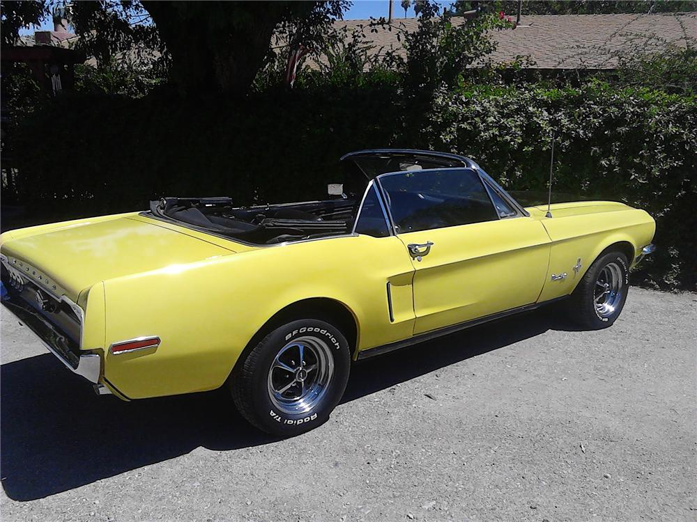 1968 FORD MUSTANG CONVERTIBLE - Rear 3/4 - 177459