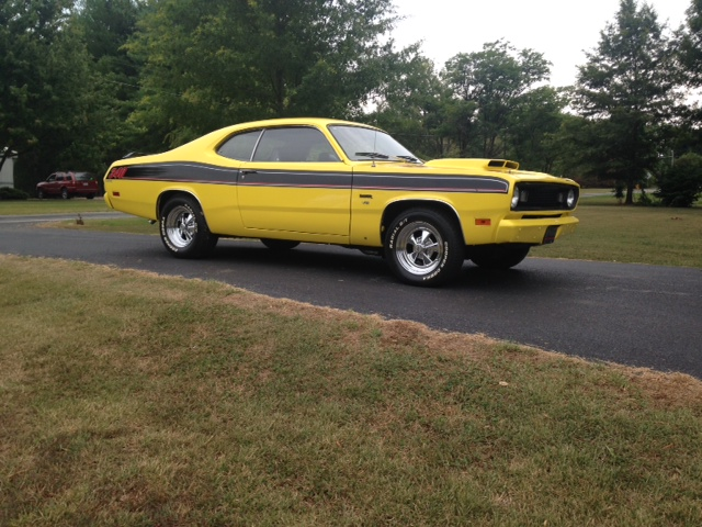 1970 PLYMOUTH DUSTER CUSTOM 2 DOOR COUPE - Side Profile - 177467