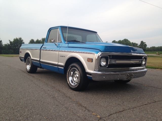 1969 CHEVROLET C-10 PICKUP - Front 3/4 - 177472