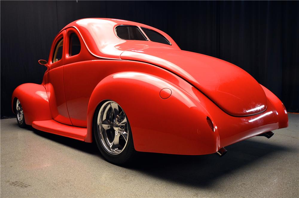 1939 FORD CUSTOM 2 DOOR COUPE - Rear 3/4 - 177478