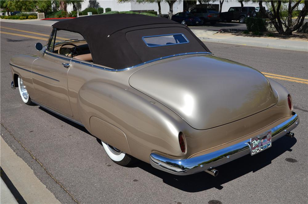 1950 CHEVROLET DELUXE CUSTOM CONVERTIBLE - Rear 3/4 - 177481
