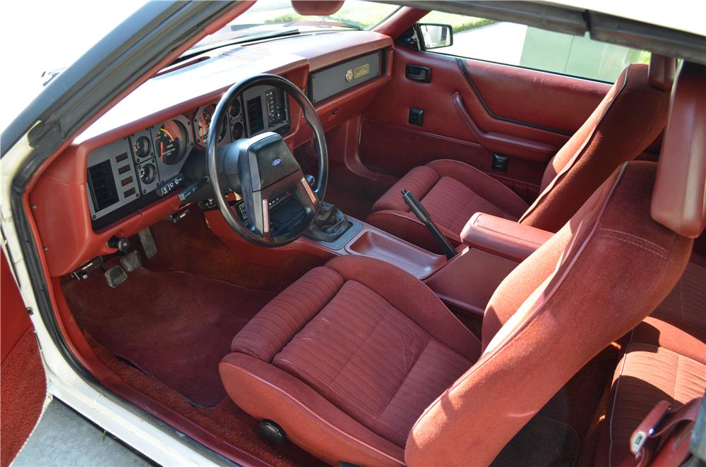 1984 FORD MUSTANG GT 350 CONVERTIBLE - Interior - 177513