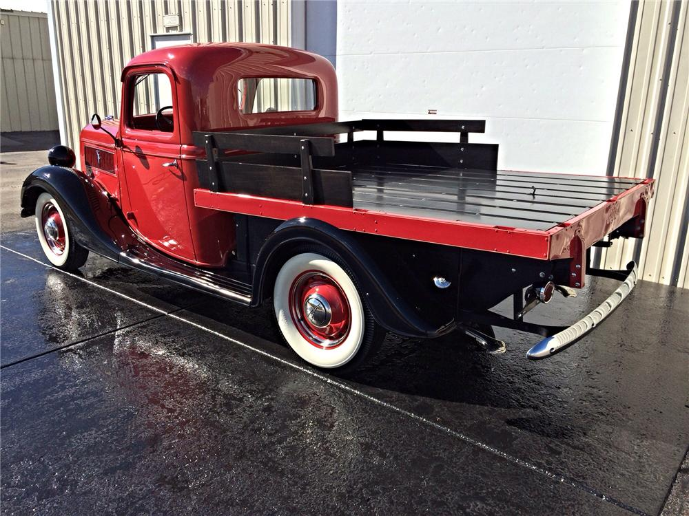 1937 FORD FLATBED PICKUP - Rear 3/4 - 177539