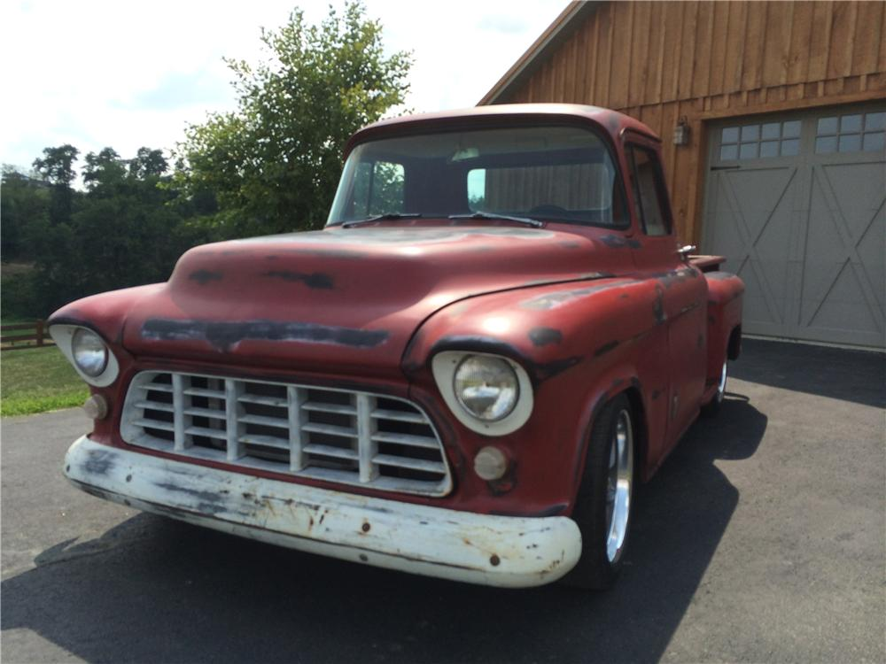1955 CHEVROLET 3100 CUSTOM PICKUP - Front 3/4 - 177540