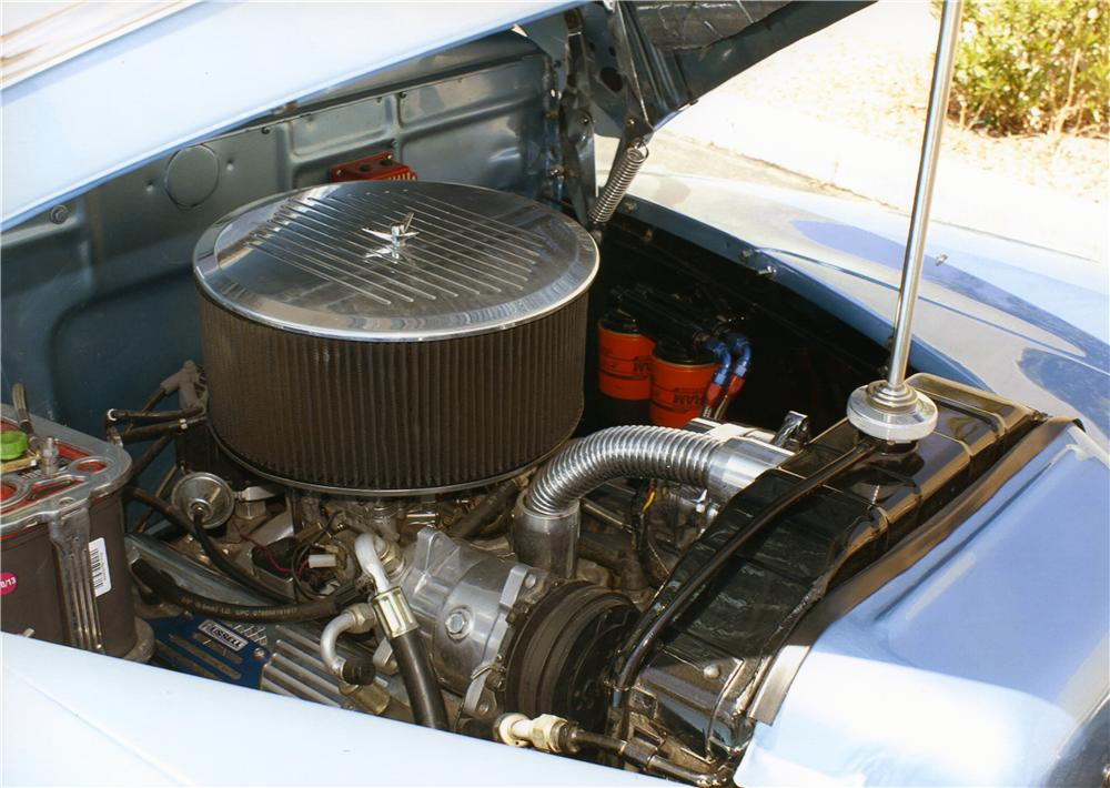1946 FORD DELUXE CUSTOM CONVERTIBLE - Engine - 177542
