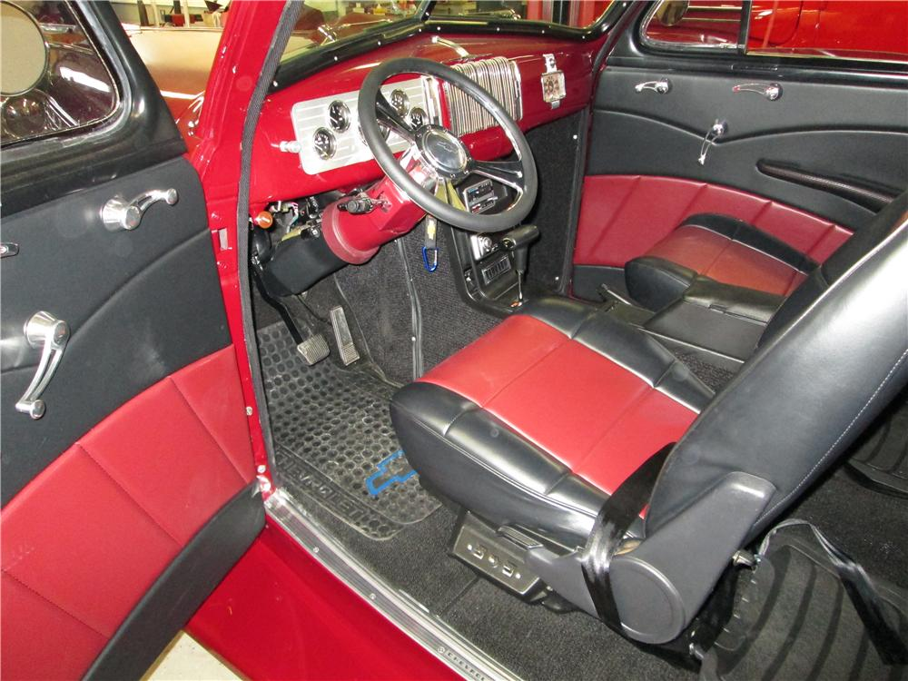 1940 CHEVROLET MASTER DELUXE CUSTOM 2 DOOR COUPE - Interior - 177550