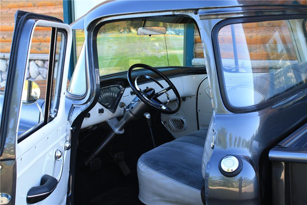 1955 CHEVROLET 3100 CUSTOM PICKUP - Interior - 177554