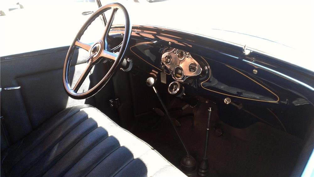 1930 FORD MODEL A ROADSTER - Interior - 177565