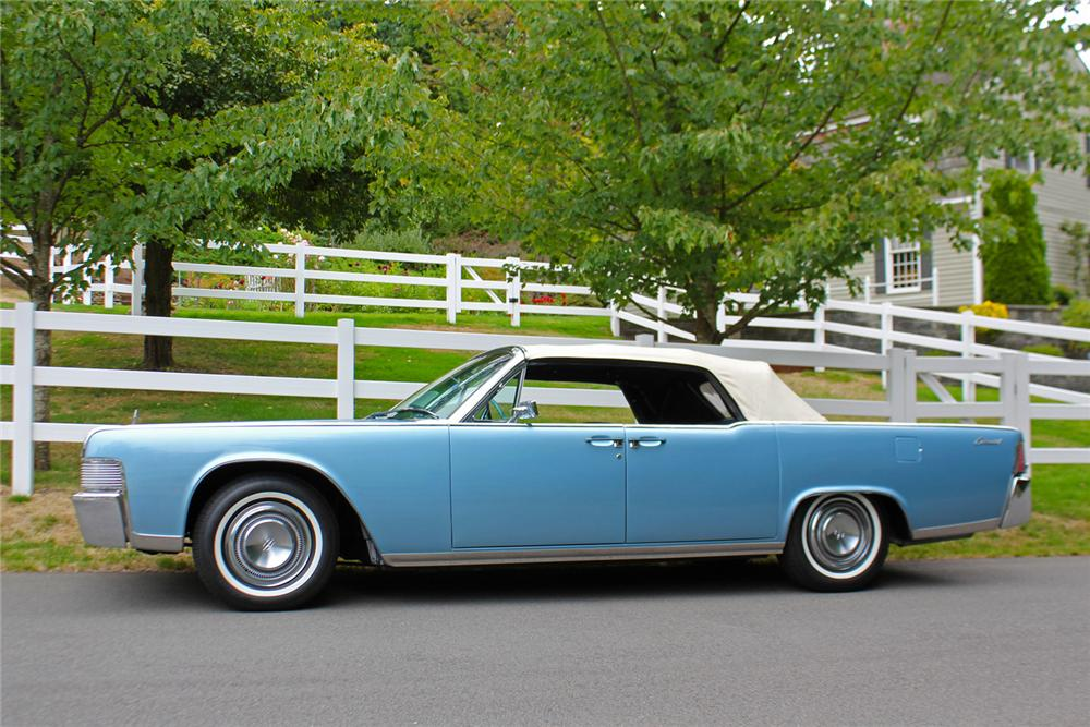 1965 LINCOLN CONTINENTAL 4 DOOR CONVERTIBLE - Side Profile - 177609