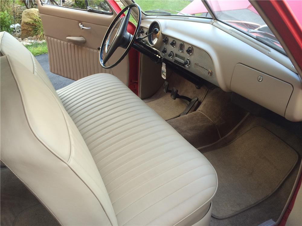 1951 FORD CUSTOM 2 DOOR SEDAN - Interior - 177616