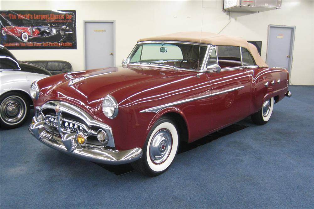 1952 PACKARD CONVERTIBLE - Front 3/4 - 177646
