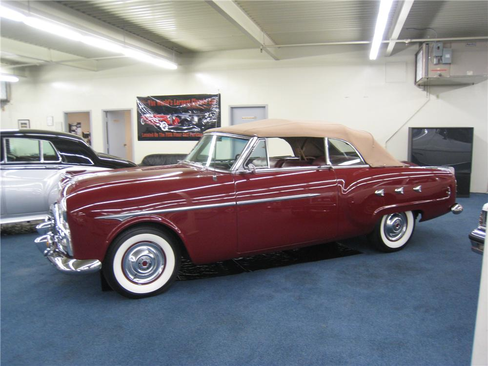 1952 PACKARD CONVERTIBLE - Side Profile - 177646