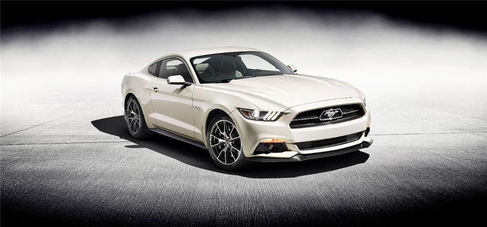2015 FORD MUSTANG 2 DOOR COUPE - Front 3/4 - 177654