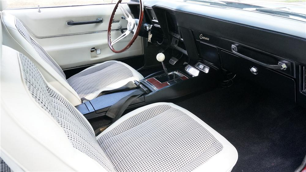 1969 CHEVROLET CAMARO 2 DOOR COUPE - Interior - 177657