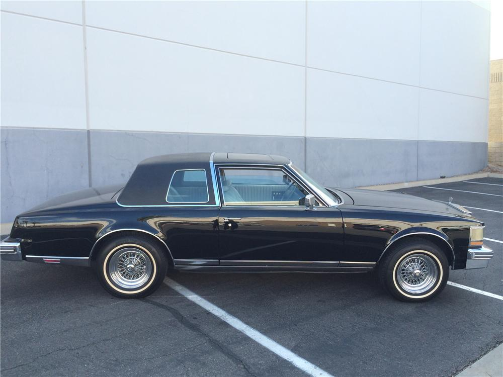1977 CADILLAC SEVILLE CUSTOM 2 DOOR COUPE177674