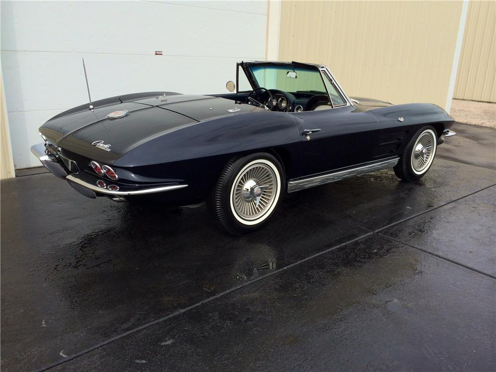 1963 CHEVROLET CORVETTE CONVERTIBLE - Rear 3/4 - 177694