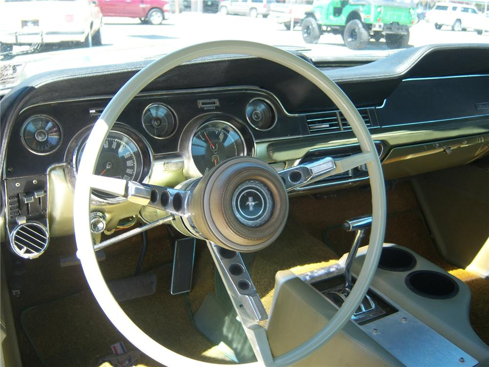 1967 FORD MUSTANG CUSTOM 2 DOOR HARDTOP - Interior - 177697