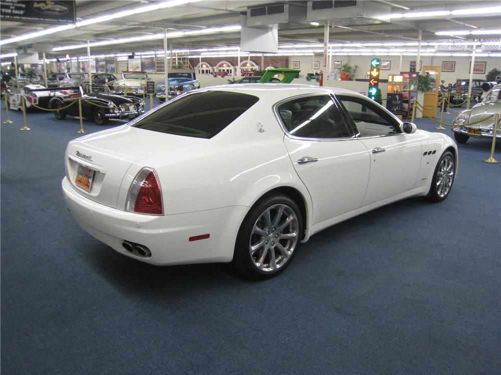 2007 maserati quattroporte 4 door sedan 177881. Black Bedroom Furniture Sets. Home Design Ideas