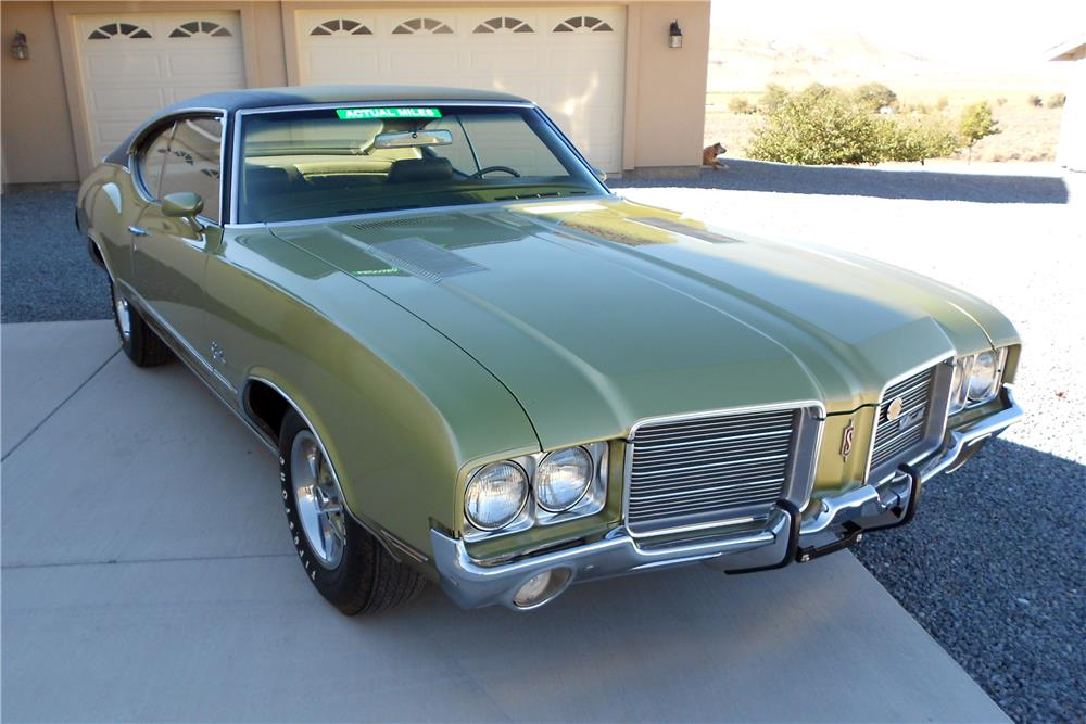 1971 OLDSMOBILE CUTLASS S - Front 3/4 - 178458