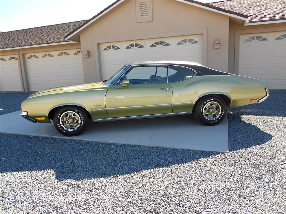 1971 OLDSMOBILE CUTLASS S - Side Profile - 178458