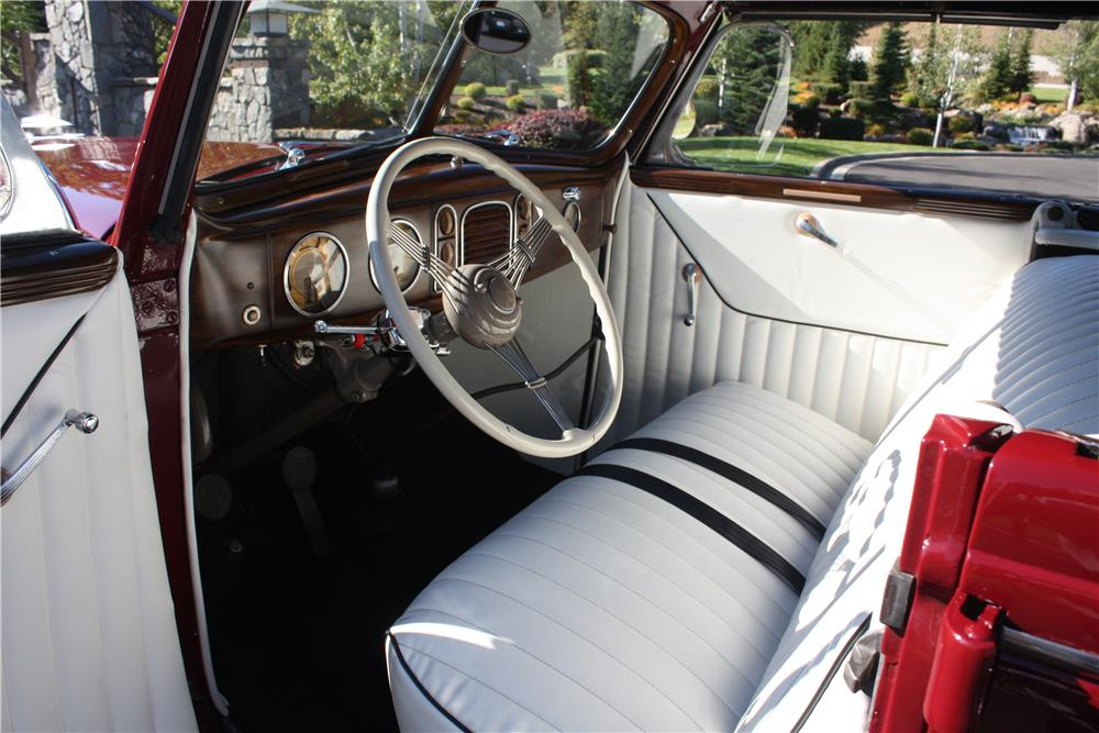 1938 FORD DELUXE CUSTOM CONVERTIBLE SEDAN - Interior - 178490