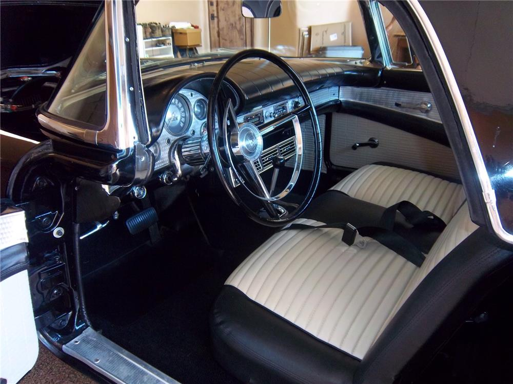 1957 FORD THUNDERBIRD CONVERTIBLE - Interior - 178528