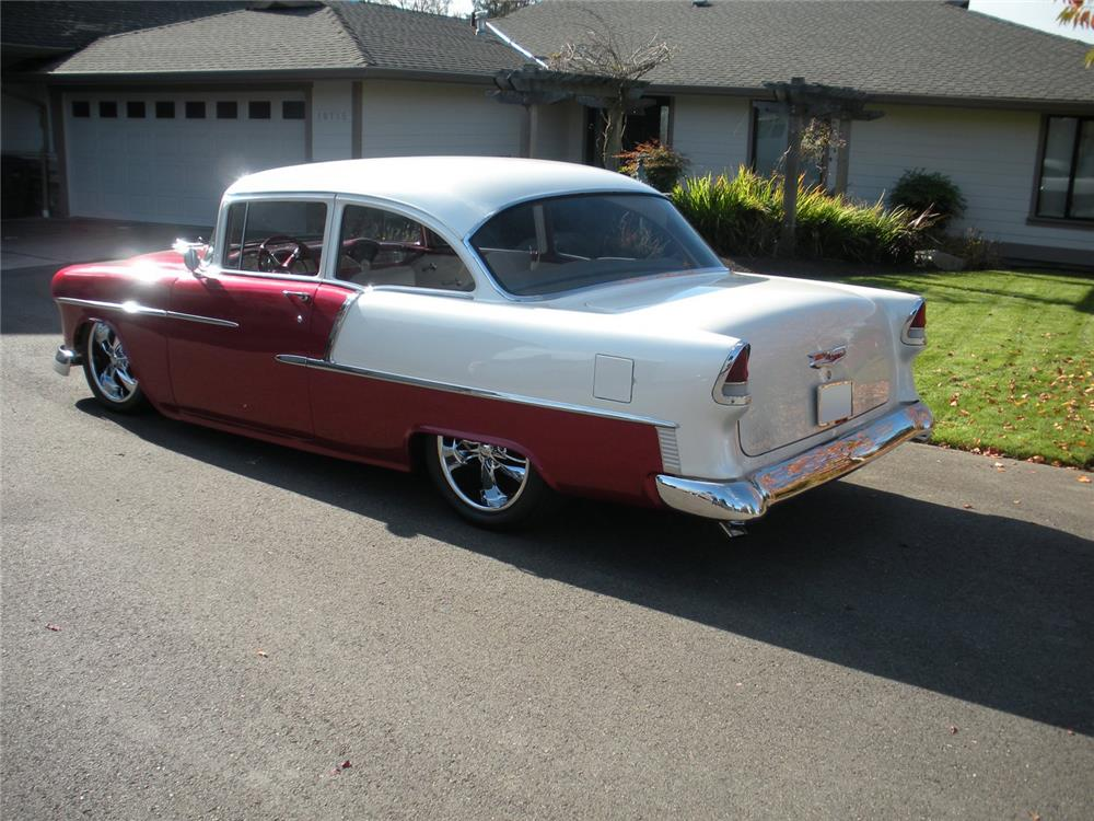 1955 CHEVROLET BEL AIR CUSTOM - Rear 3/4 - 178530