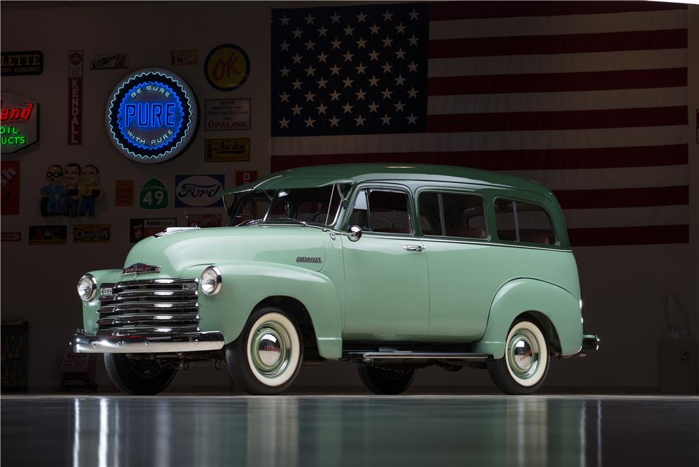 1952 CHEVROLET SUBURBAN STATION WAGON - Front 3/4 - 178538