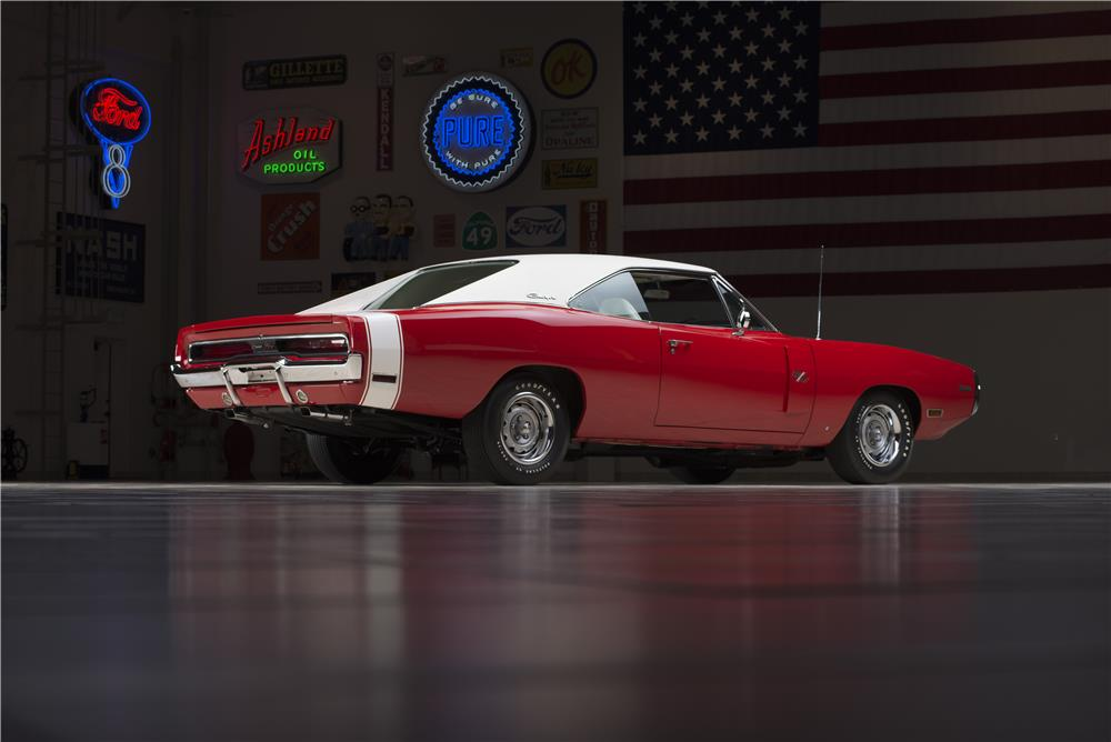 1970 DODGE HEMI CHARGER R/T - Rear 3/4 - 178555