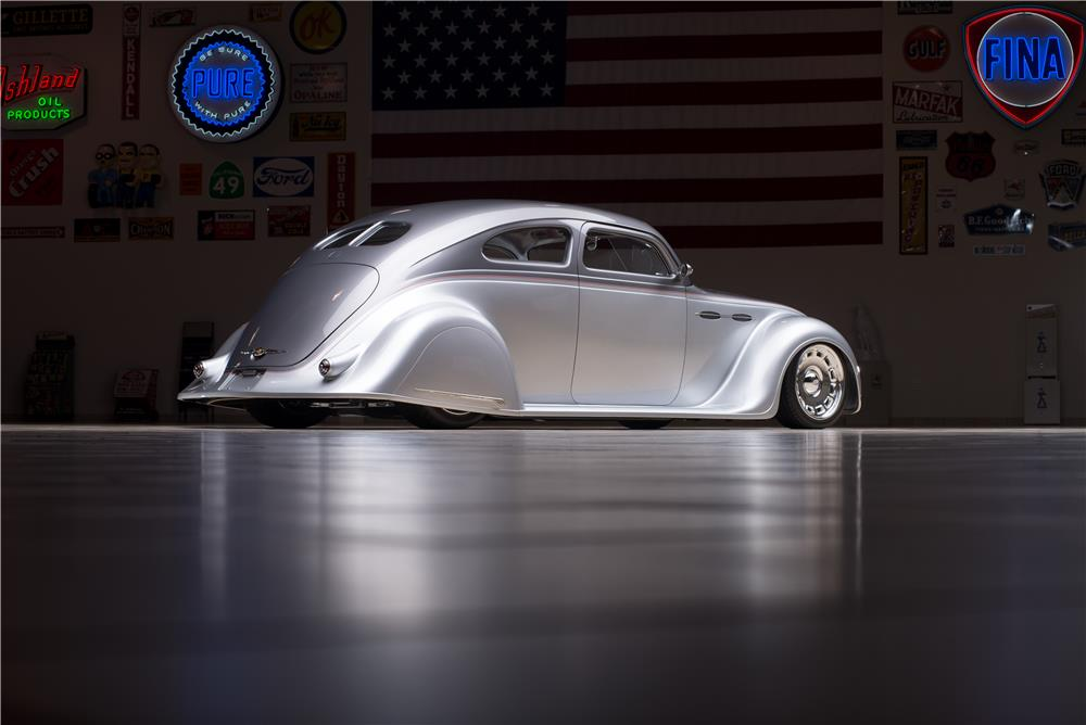 1936 CHRYSLER AIRFLOW CUSTOM 2 DOOR COUPE - Rear 3/4 - 178565