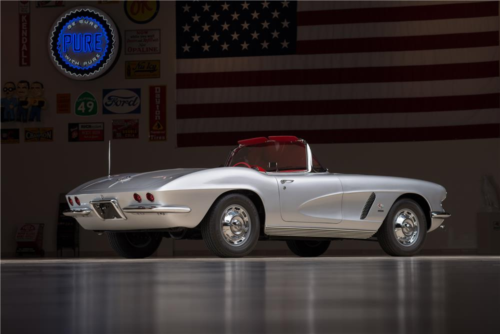 "1962 CHEVROLET CORVETTE CONVERTIBLE ""FUELIE"" - Rear 3/4 - 178568"