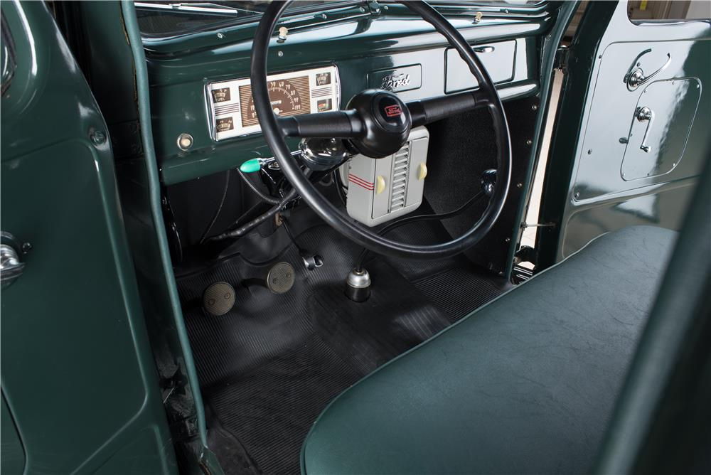 1940 FORD PICKUP - Interior - 178614