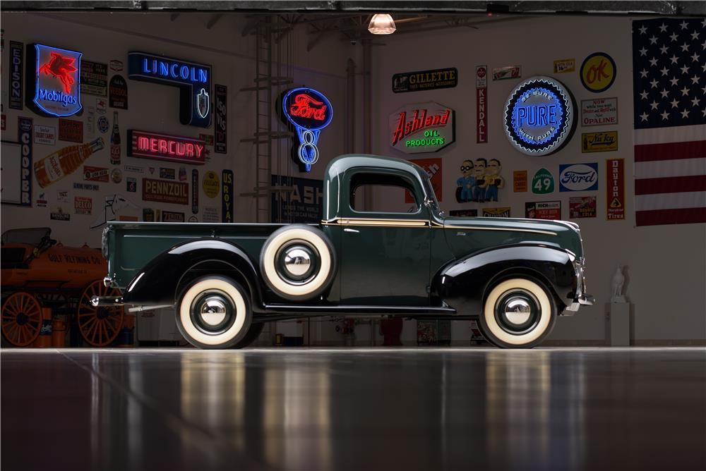 1940 FORD PICKUP - Side Profile - 178614