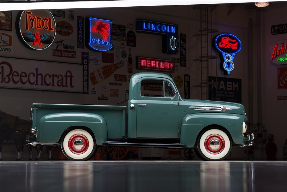 1952 FORD F-1 PICKUP - Side Profile - 178615