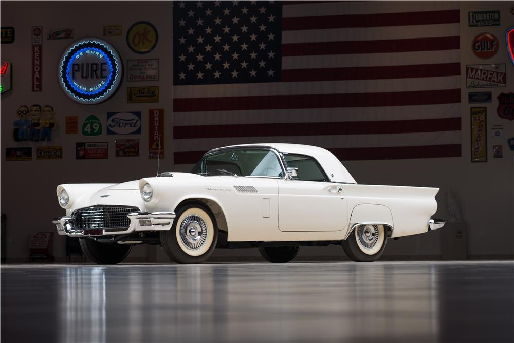 1957 FORD THUNDERBIRD 'F' CONVERTIBLE - Front 3/4 - 178617