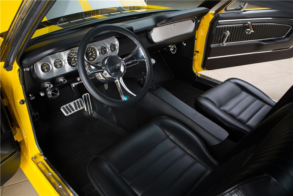1965 FORD MUSTANG CUSTOM FASTBACK - Interior - 178619
