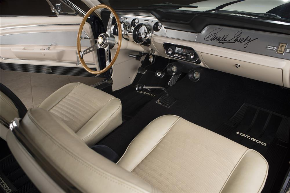 1967 SHELBY GT500 FASTBACK - Interior - 178622