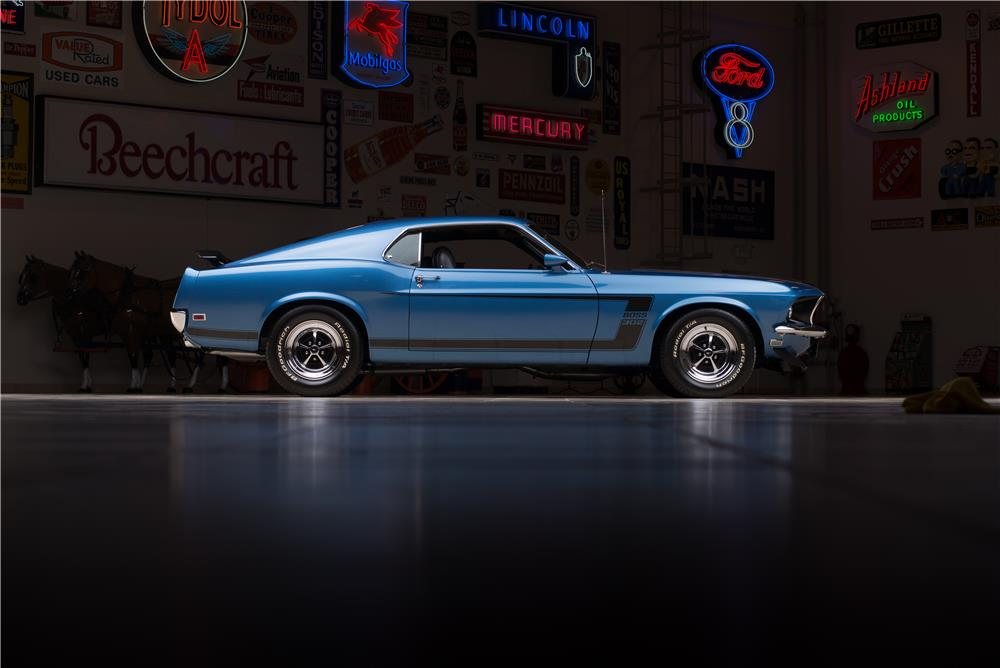 1969 FORD MUSTANG BOSS 302 FASTBACK - Side Profile - 178623