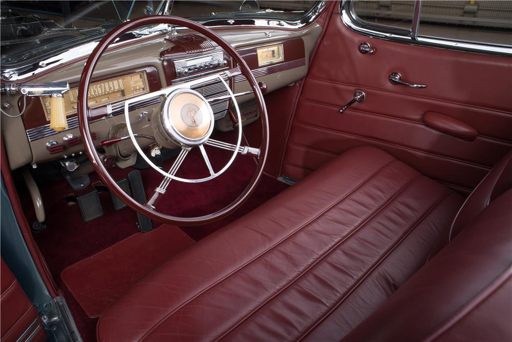 1942 PACKARD 160 CONVERTIBLE - Interior - 178636